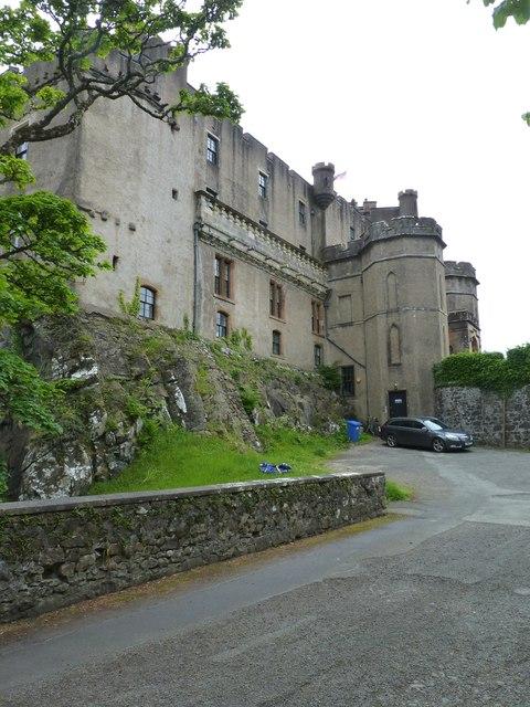 Dunvegan Castle / Caisteal Dhun Bhegan