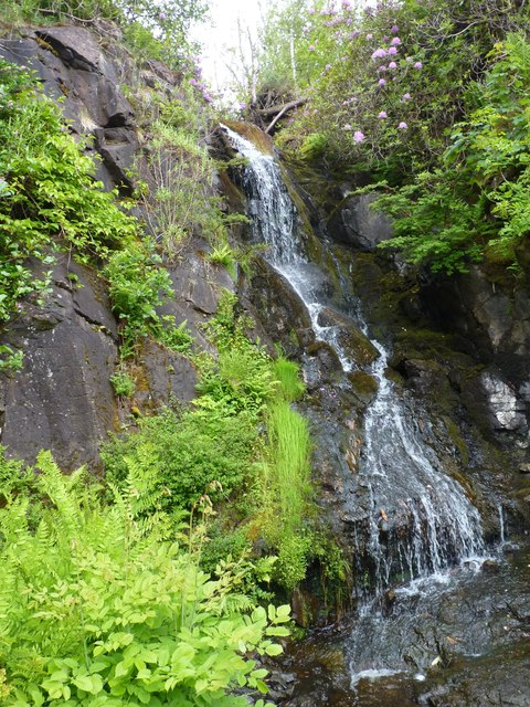 Waterfall in Dunvegan castle gardens