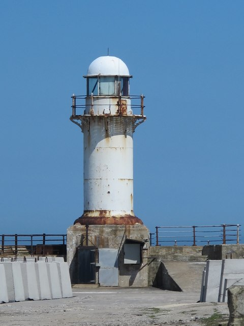 The lighthouse at South Gare (2)