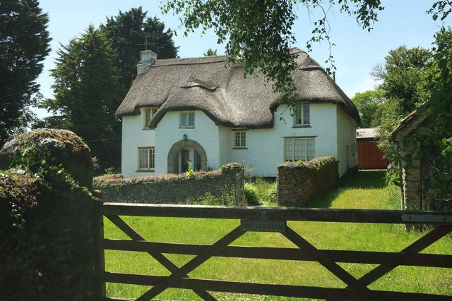 Thatched house, Burlestone