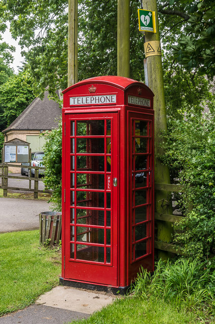 Defibrillator phone box