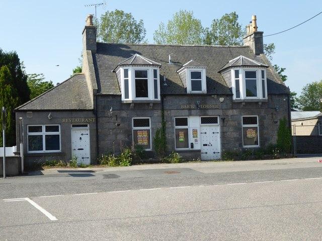 An anonymous inn (hotel?) on Alford Main Street