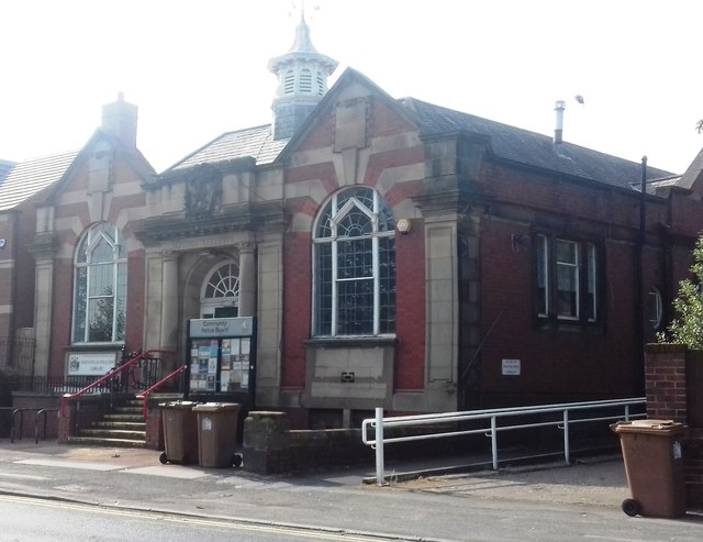 Newton-le-Willows Community Library