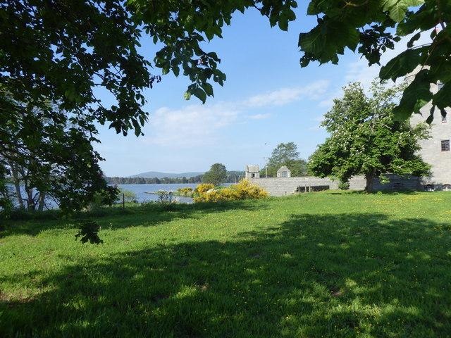 View towards Dunecht Boathouse