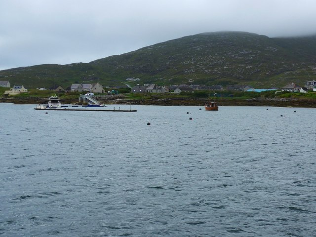 New pontoon berths at Castlebay