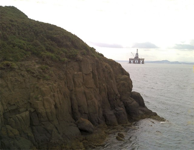 Oil rig moored off Burntisland