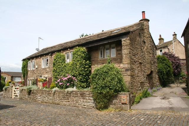 Salterforth:  Cottages