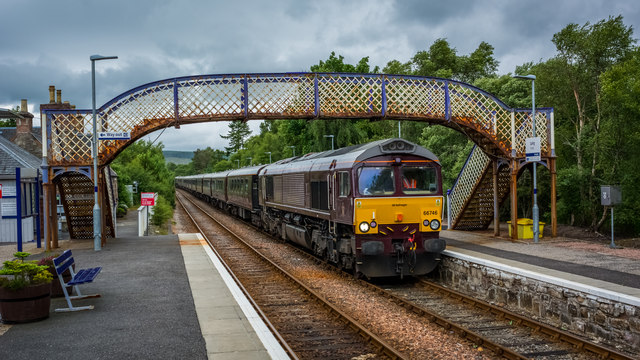 Royal Scotsman bound for Brora hauled by 66746 at Lairg Station