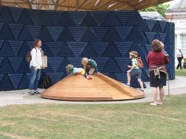 Serpentine Gallery Pavilion 2017, children's slide