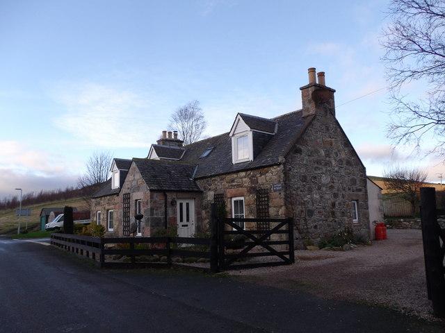 Cottage Retreat, Leslie