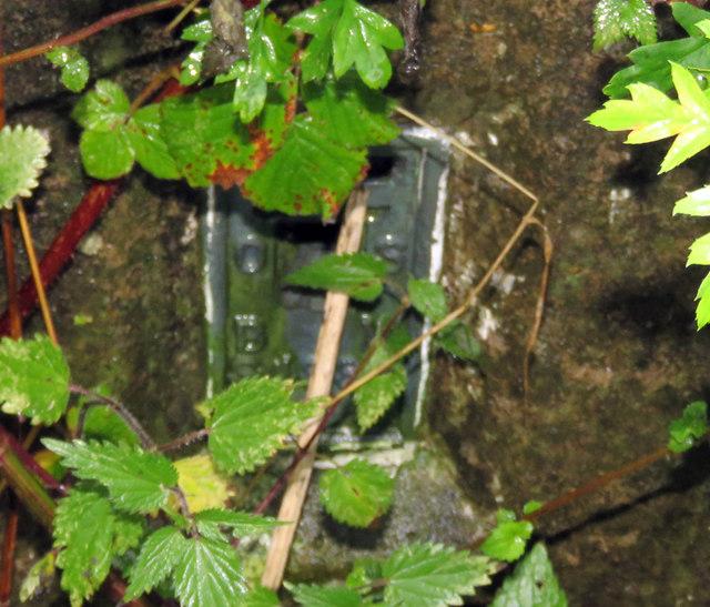 Rempstone Hill triangulation pillar flush bracket