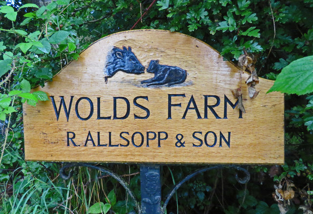 Wolds Farm sign