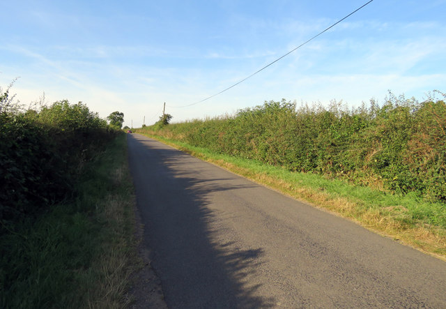 Rotherby Road towards Rotherby