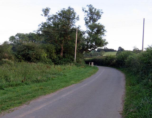 Pasture Lane towards Brock Hill