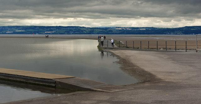 The path around the marine lake