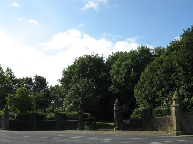 Undercliffe Cemetery NW entrance, Otley Road