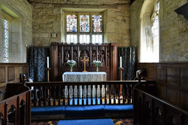 Buckland, St. Michael's Church: The altar
