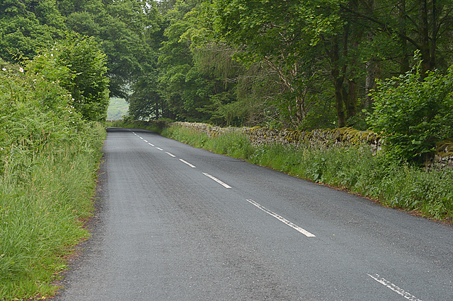 The A5091 climbing round Park Brow