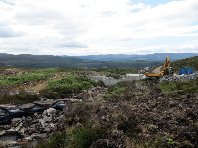 Construction of dam for a hydro plant on Glas Burn