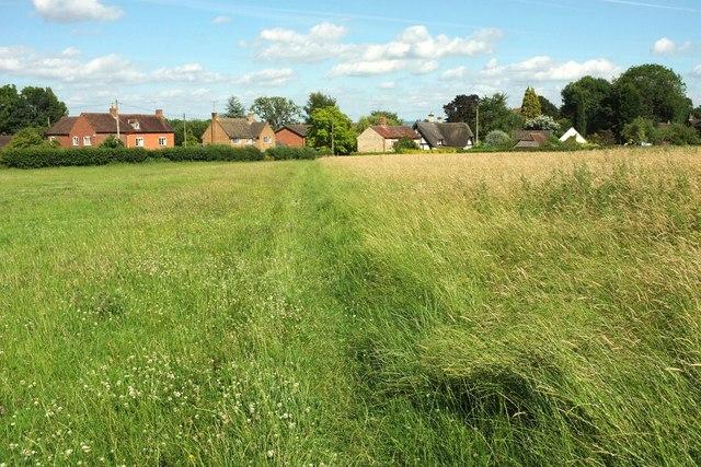 Footpath to Elmley Castle