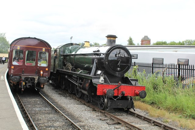 6990 Witherslack Hall runs around the 11.30 train for Rawtenstall