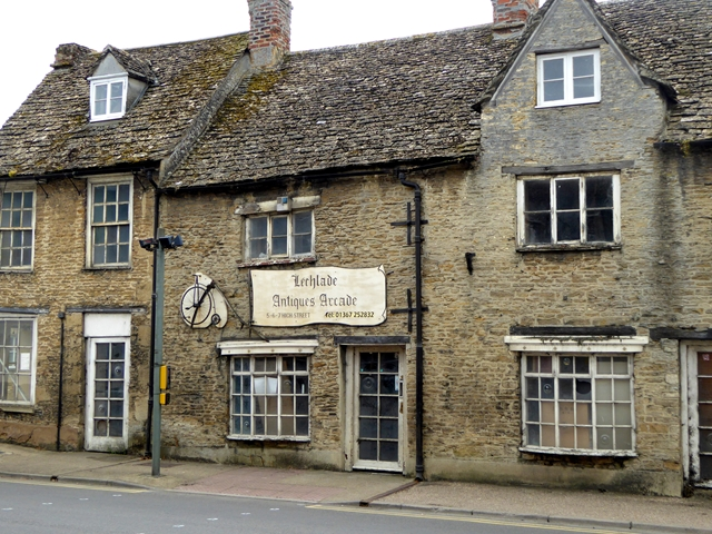 Lechlade Antiques Arcade