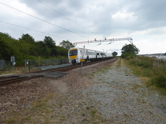 Foot crossing on the C2C line