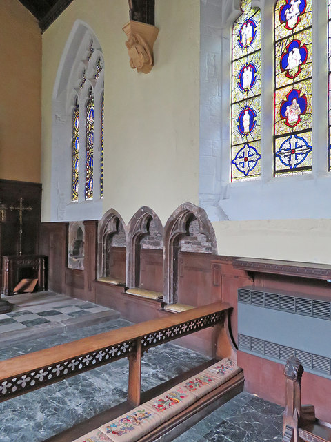 Bingham: All Saints - piscina, sedilia and Victorian glass