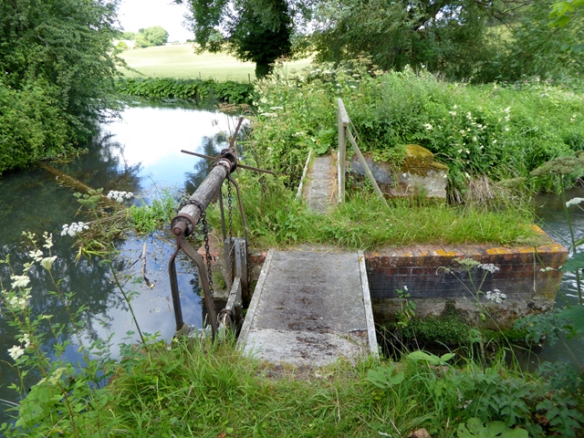 Sluice on the River Coln at Quenington