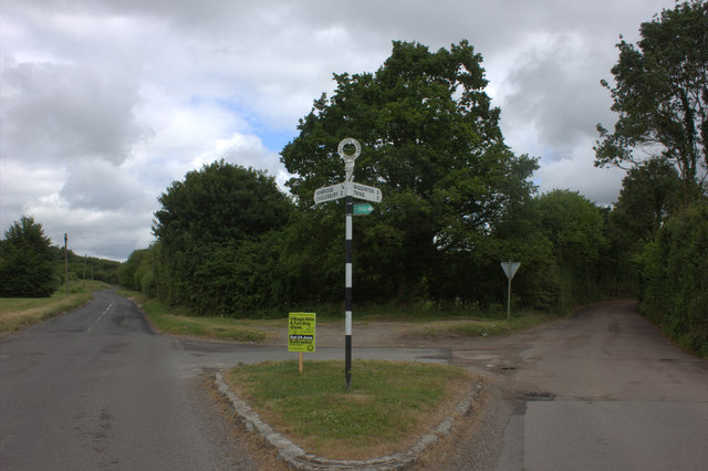 Junction of Vale Road and the road to Tring