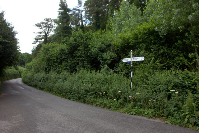 Signpost at Hog Lane