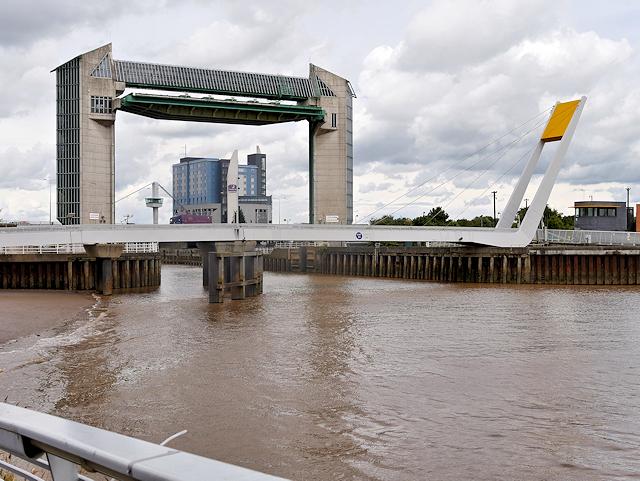 River Hull, Millennium Bridge and Tidal Surge Barrier