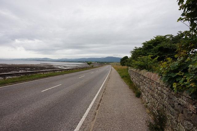 B817  towards Alness