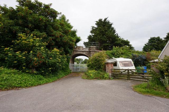 Rail bridge near Rosskeen Bridge