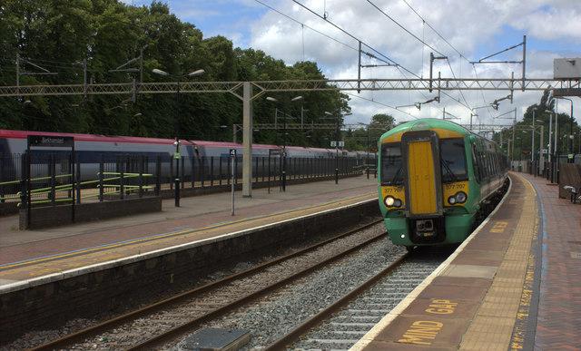 Berkhamsted station, Southern service