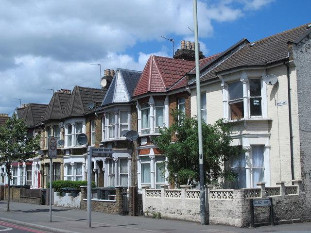 Broad Lane, N15 (2)