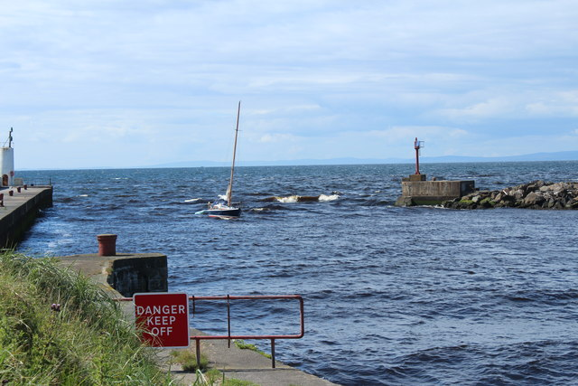 Yacht at the Harbour Mouth, Girvan