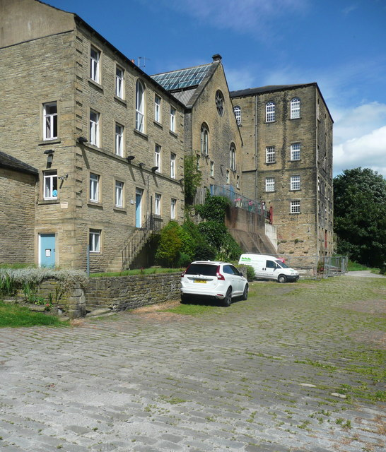 Buildings next to the quay, Sowerby Bridge