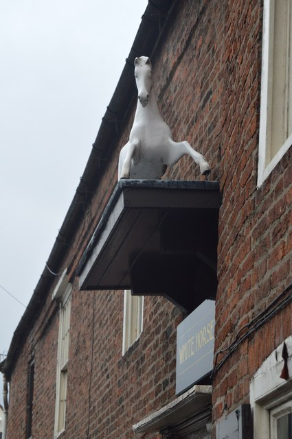 The White Horse (Nellies)