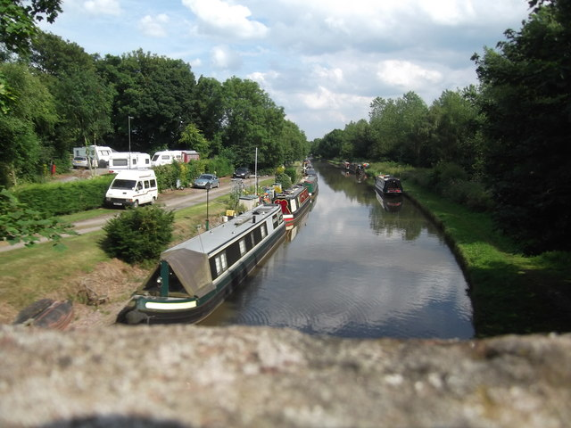 Moorings on the Shropshire Union Canal