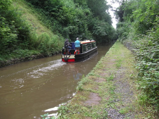 Navigating the Woodseaves Cutting