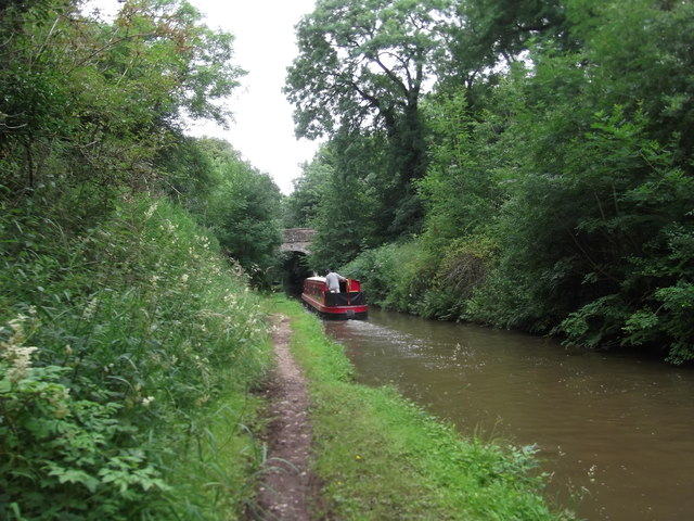 Heading for Cheswardine Bridge on the Shropshire Union Canal