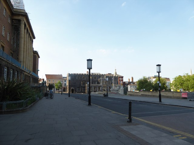 A shimmering scene near St Peter Mancroft