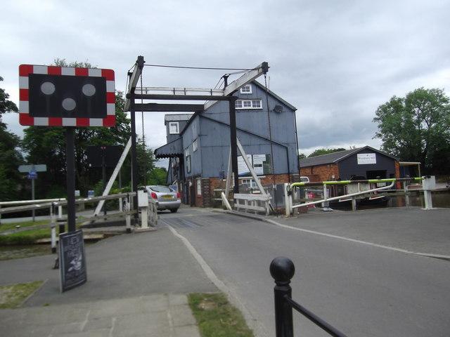Wrenbury Bridge