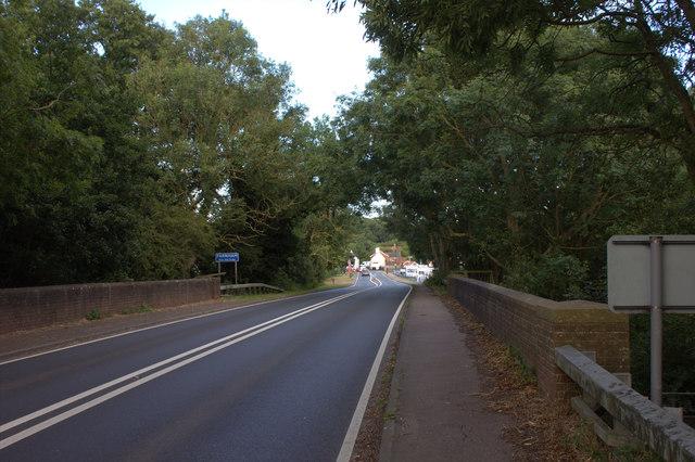 A12 bridge into Farnham from the west
