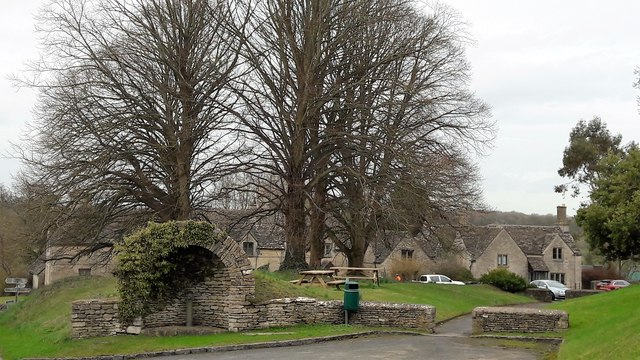 Village green from West Lane, Kemble