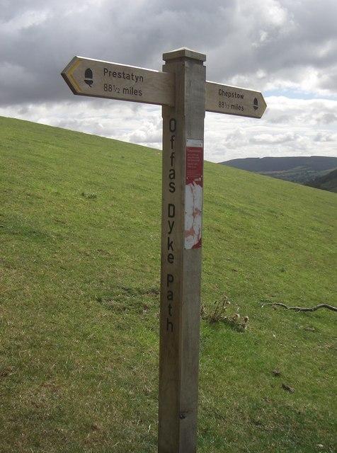 Half Way Signpost, Offa's Dyke Path