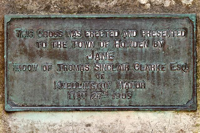 Plaque on Howden Market Cross