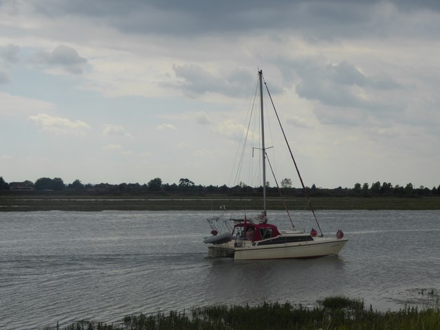 Boat on Hadleigh Ray