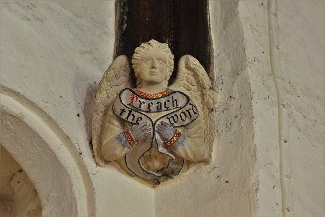 Rendcomb, St. Peter's Church: Medieval stone angel corbel 1